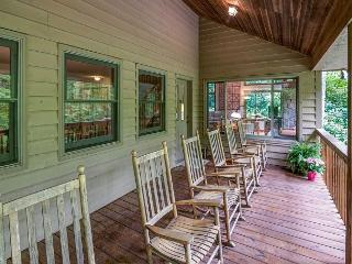 Spacious 5 bedroom House in Montreat with Internet Access - Montreat vacation rentals