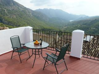 Abdet Mountain Village Accommodation - Guadalest vacation rentals