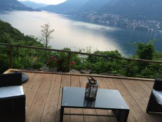 Casa Dono Il Lago - Holiday at lago di Como - Pognana Lario vacation rentals