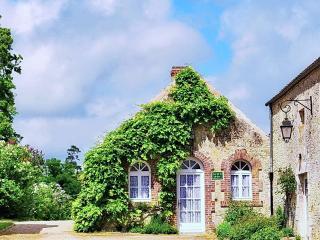 Haras du Gazon: Gîte Cor de la Brière - Falaise vacation rentals