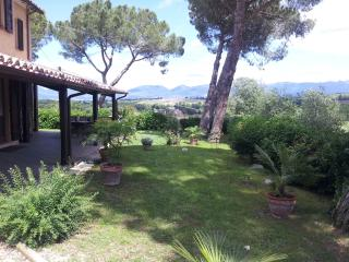 Nice Guest house with Deck and Internet Access - Bevagna vacation rentals
