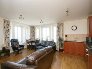 Stylish Sea view Apartment - Edinburgh vacation rentals