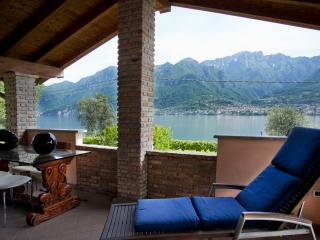 Cozy 2 bedroom Bed and Breakfast in Oliveto Lario - Oliveto Lario vacation rentals