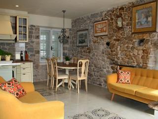 Mediterranean Holiday home Kalalarga in center - Makarska vacation rentals