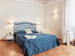 Pantheon/Piazza Venezia Apartment center of Rome - Rome vacation rentals