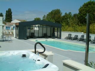 "Les Thalassiles,  Villa ""LOUVOIS"" - Fouras vacation rentals"