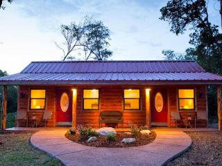 Nice Cottage with Internet Access and A/C - Waco vacation rentals