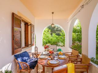 Villa Eleni (Gaios, Paxos) Sleeps 2-6 - Gaios vacation rentals