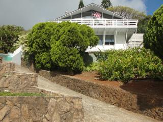 Perfect Condo with Deck and Internet Access - Kaneohe vacation rentals