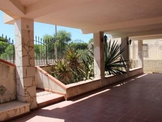 3 bedroom Villa with A/C in Pachino - Pachino vacation rentals
