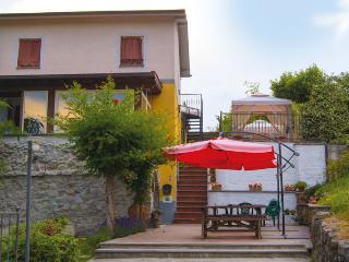 Cozy 1 bedroom Bed and Breakfast in Beverino with Deck - Beverino vacation rentals
