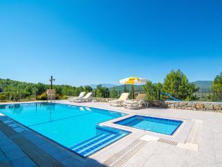 Spacious Villa with Dishwasher and Balcony - Mugla vacation rentals