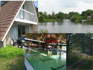 Cozy Condo with Internet Access and Tennis Court - Vlagtwedde vacation rentals