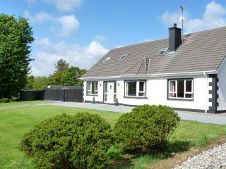 Perfect 4 bedroom Cottage in Culdaff - Culdaff vacation rentals