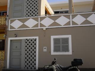 Bright 1 bedroom Maio Bed and Breakfast with A/C - Maio vacation rentals
