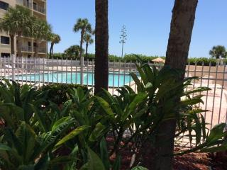 Lovely Condo with Internet Access and A/C - Cape Canaveral vacation rentals