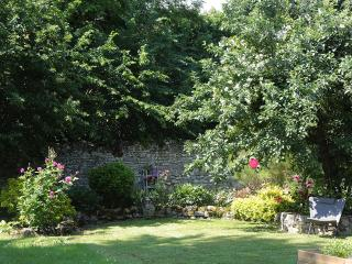 Romantic 1 bedroom Etampes Gite with Internet Access - Etampes vacation rentals