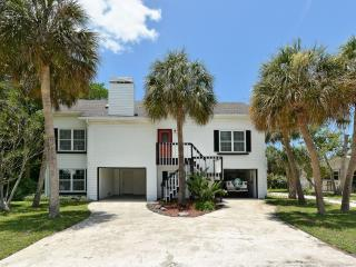 4 bedroom House with Deck in Holmes Beach - Holmes Beach vacation rentals