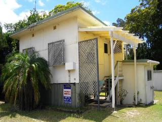 ECHO, 18 GONZALES STREET, AMITY POINT - Amity vacation rentals