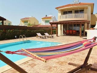Adonis 4 bedroom villa - Pervolia vacation rentals