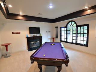 Wow! Private Pool, Spa, Poker, Pool Table NV3927 - Las Vegas vacation rentals