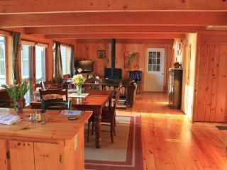 Shorefront Cottage Near Bar Harbor - Acadia National Park vacation rentals