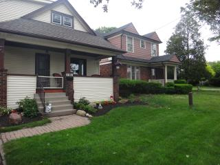 Fallsview Cottage - Niagara Falls vacation rentals