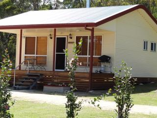 Maric Park Cottages - Stanthorpe, Queensland, Australia.. Quiet and secluded. - Stanthorpe vacation rentals