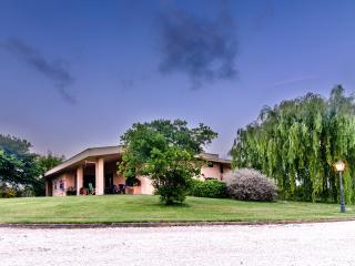 Appartamento e Bed and breakfast Millennium - Ladispoli vacation rentals