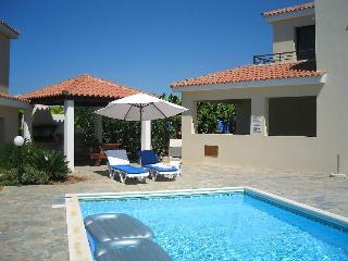 Villa with pool,sleeps 6,excellent location - Kissonerga vacation rentals