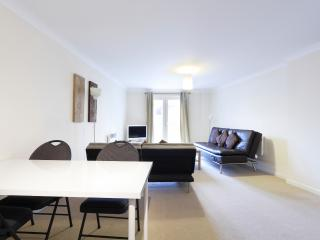 Handleys Ct, Apt 3 - 2 Bed Large - Hemel Hempstead vacation rentals