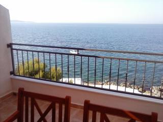 Apartment Slavinka 4+1 - Hvar Island vacation rentals