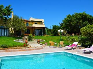 Beautiful Villa Ellie with privacy near the beach - Tersanas vacation rentals
