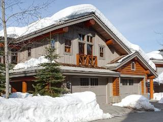Taluswood The Heights 17 | Whistler Platinum | Close to Ski Access, Hot Tub - Whistler vacation rentals
