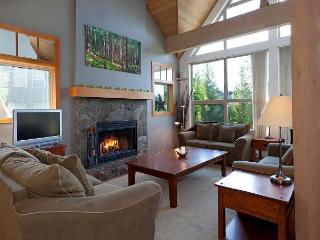 Snowgoose 18 | Whistler Platinum | Townhome, Mountain Views, Private Hot Tub - Whistler vacation rentals