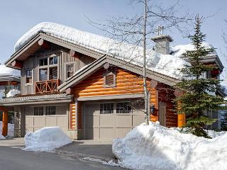 Taluswood The Heights 18 | 3 Bedroom Ski-in/Ski-out Townhome, Private Hot Tub - Whistler vacation rentals