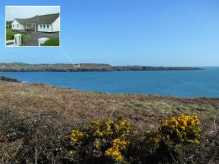 Nice 4 bedroom Castletownshend House with Internet Access - Castletownshend vacation rentals