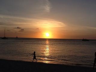 Marriott Aruba surf club premium ocean side Villa - Palm/Eagle Beach vacation rentals