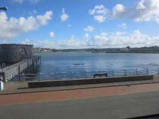 Little Baradwys Waterfront  Cottage - Pembroke Dock vacation rentals