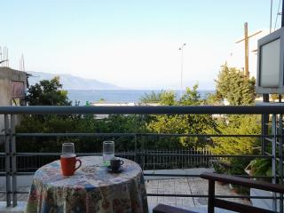 "Seaside ""nest"" for exploring Central Greece! - Greece vacation rentals"