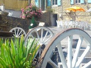 Nice Watermill with Internet Access and Wireless Internet - Saint-Cernin-de-l'Herm vacation rentals
