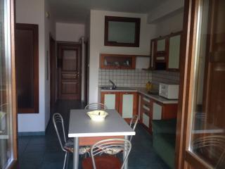 Grazioso appartamento casa vacanza x 4-5 - Fiumicello - Santa Venere vacation rentals
