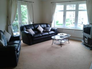 Luxury 2 bed Turnberry Apartment - Turnberry vacation rentals