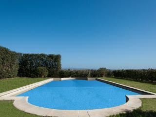 Villa La Contessa tra mare e natura - San Donato vacation rentals