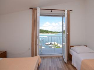 TH00581 Apartments Edi / A2 One bedroom - Zaboric vacation rentals