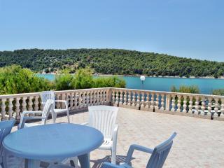 TH00581 Apartments Edi / A1 One bedroom - Zaboric vacation rentals