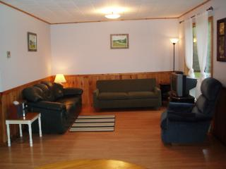 Charming 2 bedroom Cottage in Mayfield - Mayfield vacation rentals