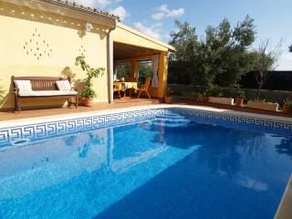 Nice House with Washing Machine and Microwave - Cala Figuera vacation rentals