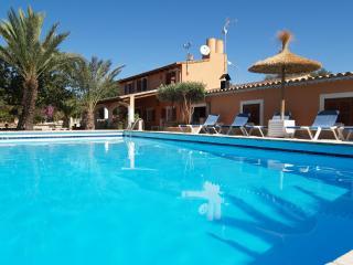 VILLA TONI-CAROL - Campos vacation rentals