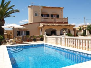 Lovely 3 bedroom House in Cala Figuera - Cala Figuera vacation rentals